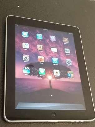 Apple Tablet image 2