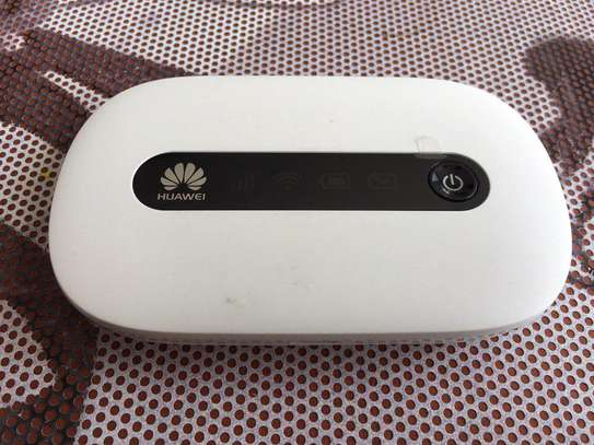 HUAWEl Mobile WiFi Router