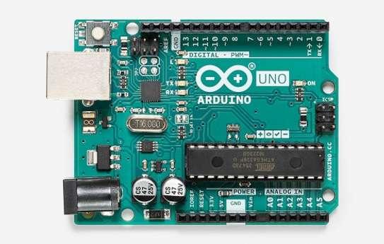 Arduino uno micro controller board image 1