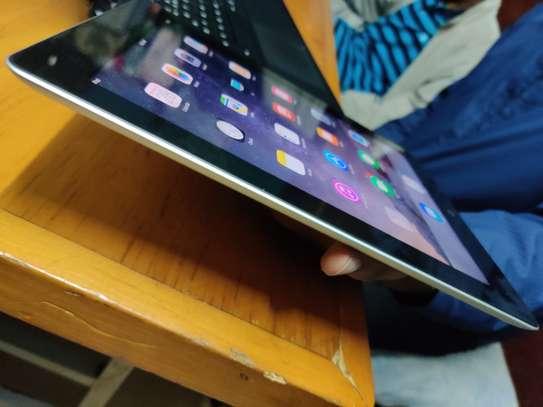 iPad tablet image 3
