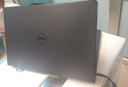 Dell inspiron core i5 almost new     6th generation image 3