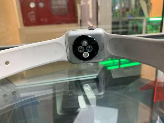 Apple Watch Series 3 image 2