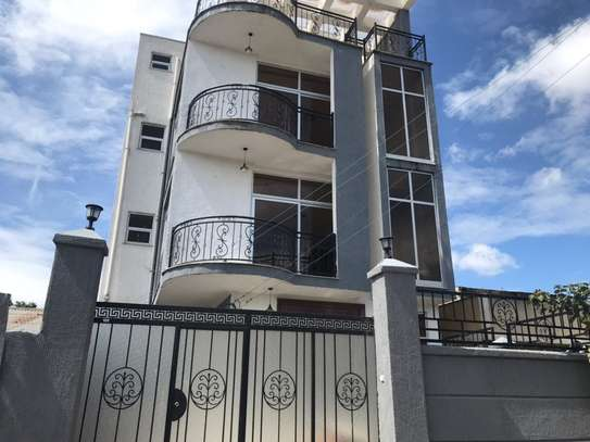 G+3 House for Rent