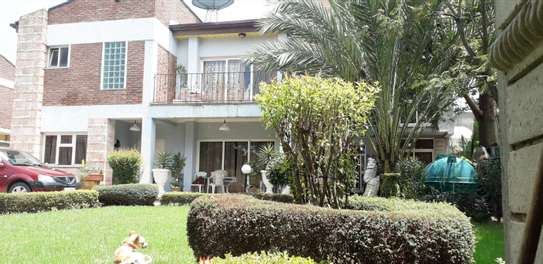 650 Sqm Luxurious House For Sale @Ayat