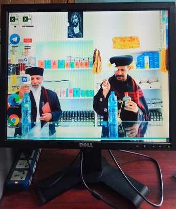 OPTIPLEX 780 COMPUTER image 4