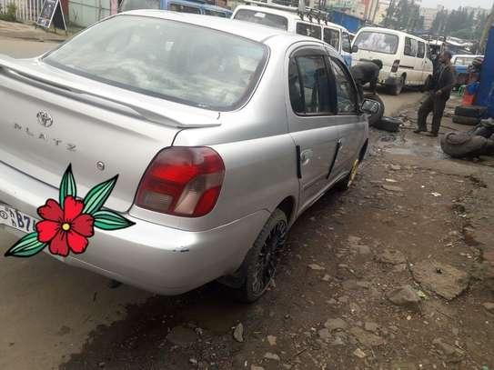 Toyota Platiz image 3