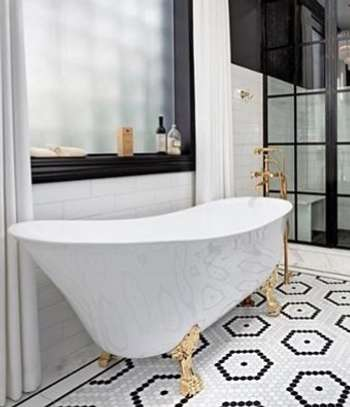 Gorgeous Free Standing Bath image 1