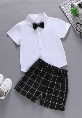 Toddler Boys Bow Tie Shirt With Grid Plaid Shorts image 1