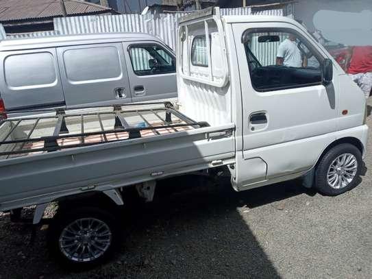 2001 Model Suzuki image 2
