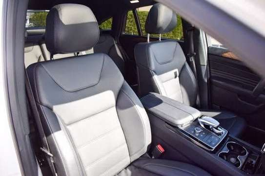 2016 Mercedes -Benz AMG GLE 43 4Matic image 7