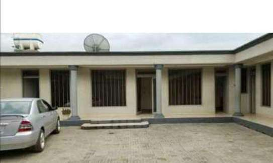 420 Sqm Service House For Sale (Enkulal Fabrica) image 1