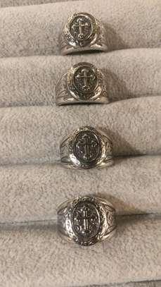 Ring image 8