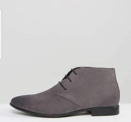 Men's Slim Toe Leather Boots image 1