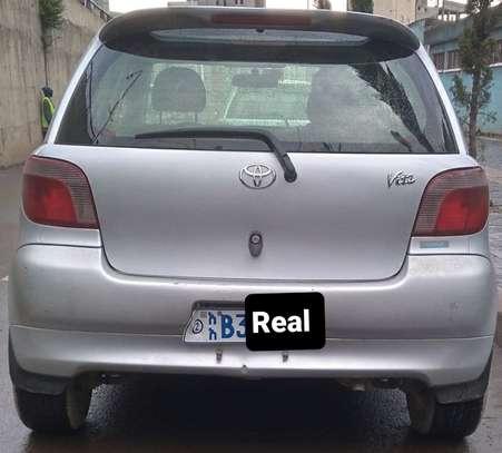 2001 Model Toyota Vitz image 2