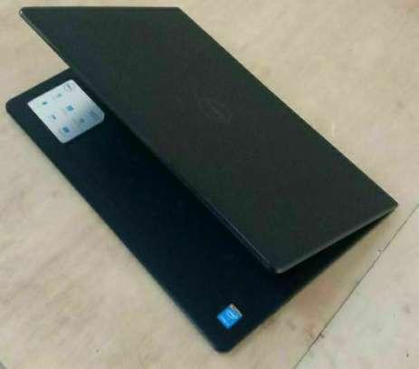 Dell inspiron      Procosser core i5    7th generation image 2