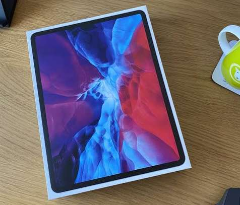 iPad Pro 256gb only WiFi 2020 model brand New image 1