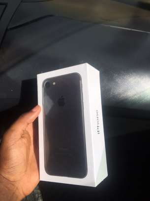 Apple iPhone 7 (128GB)