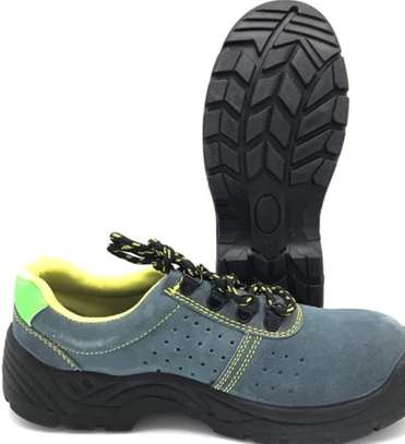 Safety shoe image 1