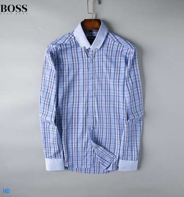 Stripe Boss Men's Long Sleeve Button Down Shirt in Classic Fit