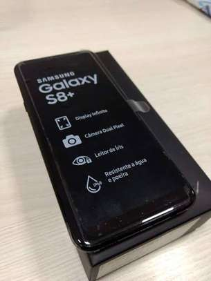 New sealed Galaxy smartphones image 1