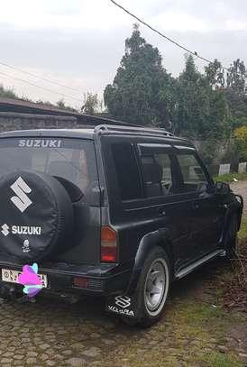 1993 Model-Suzuki Vitara image 2