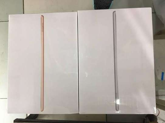 IPad 8th Generation 128Gb WiFi Only brand new image 1