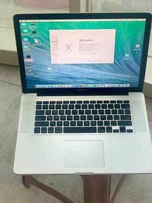 2009 macbook pro image 2