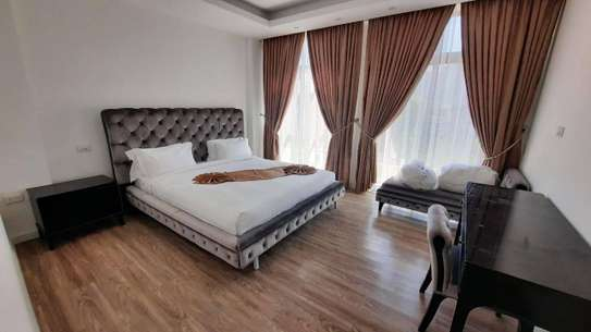 4 bedroom Luxurious apartment for sale image 1