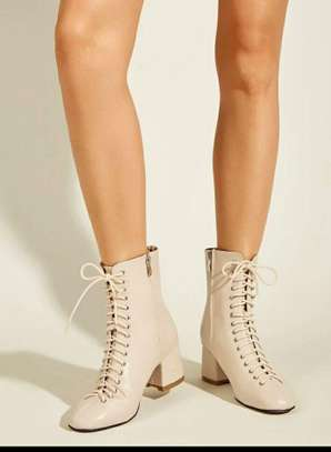 White Women Boots Shoes