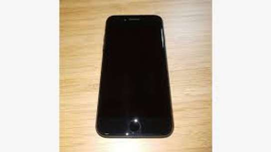 Apple iphone 7  128 GB Almost new image 1