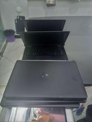Dell corei5 e7450 5thgen image 1