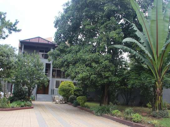 Elegant Two-Story House For Rent in Old Airport Addis Abeba, Ethiopia EE 125