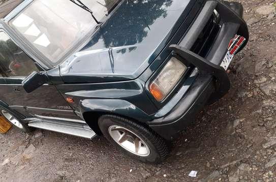 1993 Model-Suzuki Vitara JLX image 1