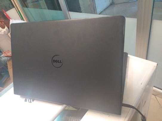 Dell inspiron core i5 almost new     6th generation image 2
