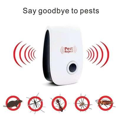 Ultrasonic Pest Repellent image 1
