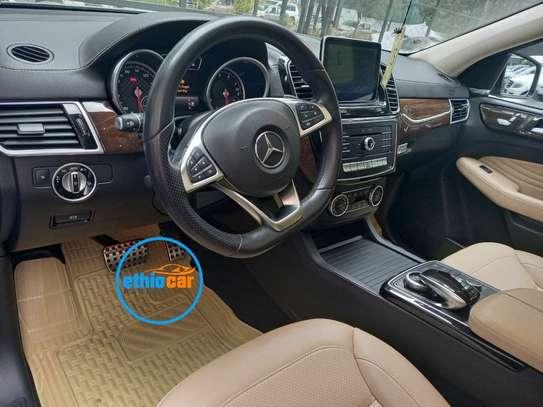 2015 Model Mercedes -Benz ML350 image 3