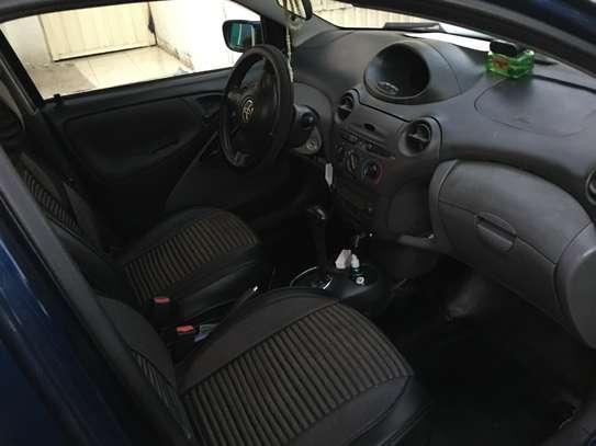 2001 Model-Toyota Vitz image 2