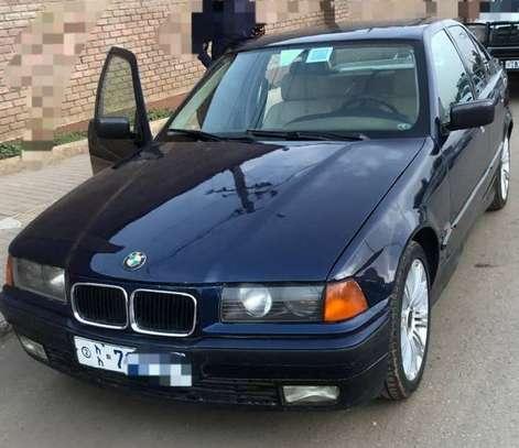 1995 Model BMW image 2