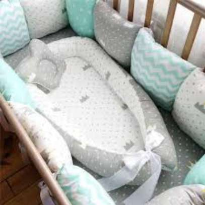 Amazing baby comfortable bed nest and 1 pcs  pillow