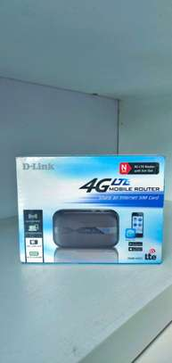 wifi router d-link 4g dwr-932c image 1
