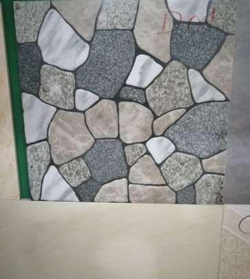 Ceramic Tile (50*50*10 Mm) image 1