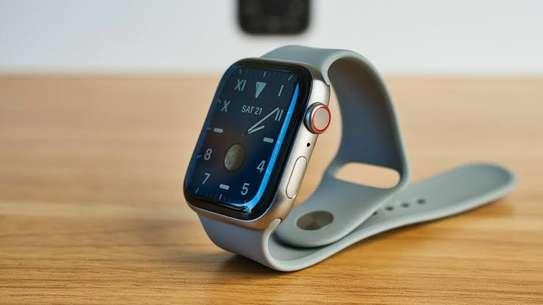 Apple Watch series 5 image 1
