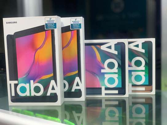 Samsung Galaxy Tab A (10.1 inches) image 1