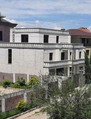 500 Sqm G+2 House For Sale (Mekanisa) image 1