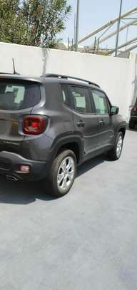2019 Model-Jeep Limited image 7