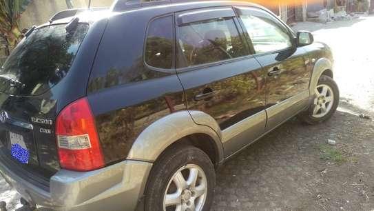 2005 Model Hyundai Tucson image 1