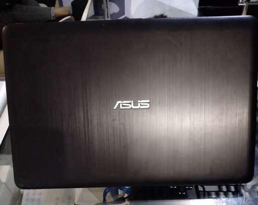 Asus Core i7 7th Generation