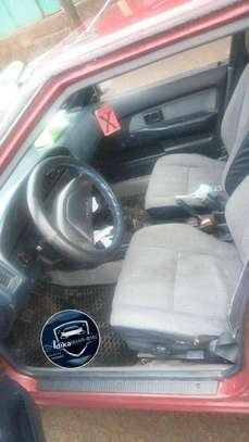 Toyota hachback image 3