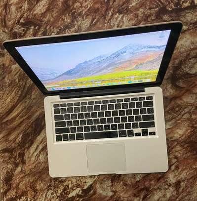 MacBook Pro 2011 core i5 image 1