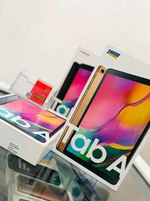 Samsung Galaxy Tab A (2019 ) image 2